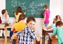 Felső tagozatban marad az online oktatás, hétfőn csak az óvodák és az alsó tagozatosoknak nyit az iskola!
