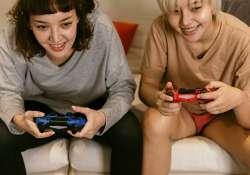 Amelyik családban odafigyelés és szeretet van, ott a videojátékozás nem lesz akkora probléma, hogy a szülőnek aggódnia kelljen